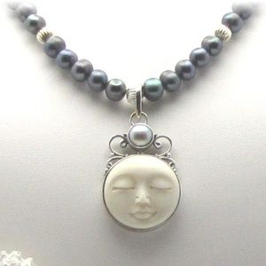 Jewelry - Pearl Necklace with  Moon Face Pendant